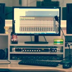 Работа в студии